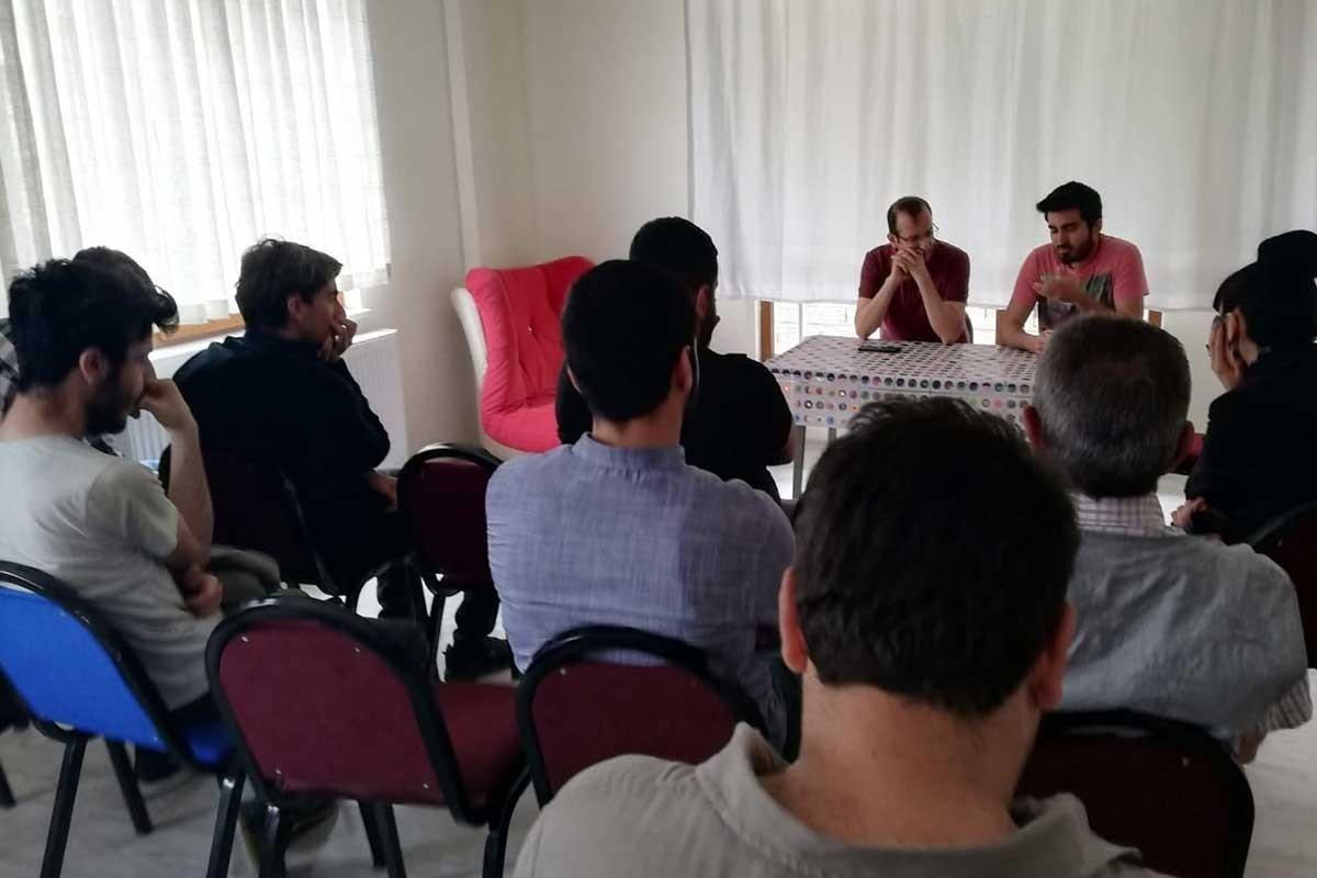 Erzincan'da 'Marksizmin Güncelliği' konulu panel düzenlendi