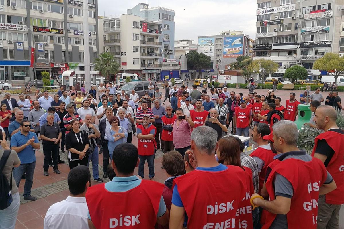 Aliağa Belediyesinde işten atılan işçiler nöbete başladı