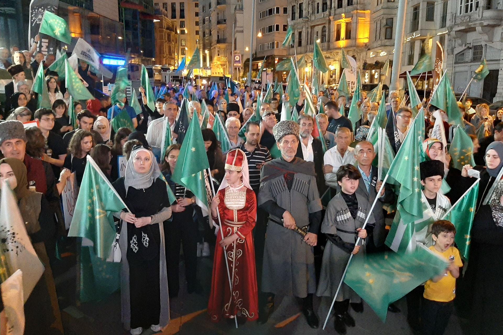 Çerkes Soykırımı 155. yılında İstanbul'da anıldı