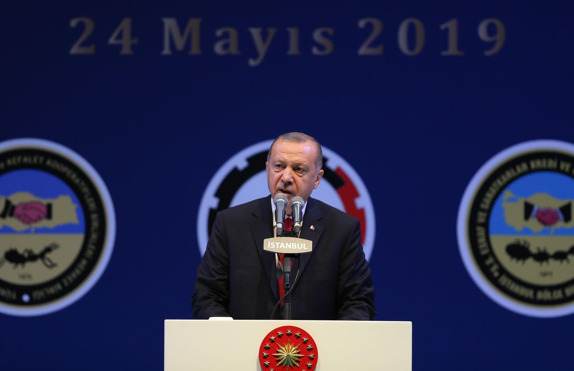 Erdoğan: Birileri karar sebebiyle hem YSK hem AK Parti'ye saldırıyor
