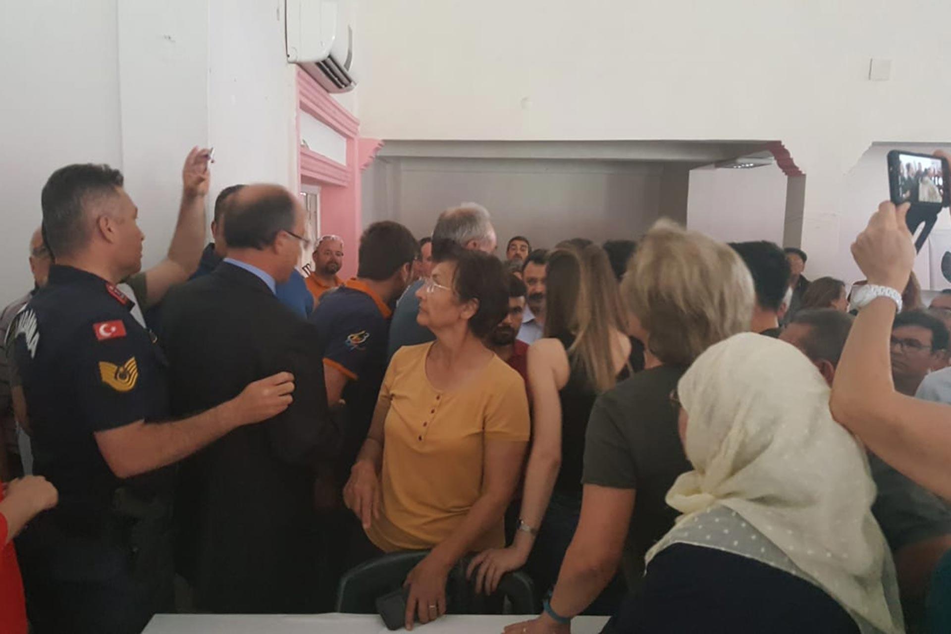 Termikçi şirketin Yatağan Turgut Köyü'nde yapmak istediği ÇED toplantısı protestolar nedeniyle yapılmadı