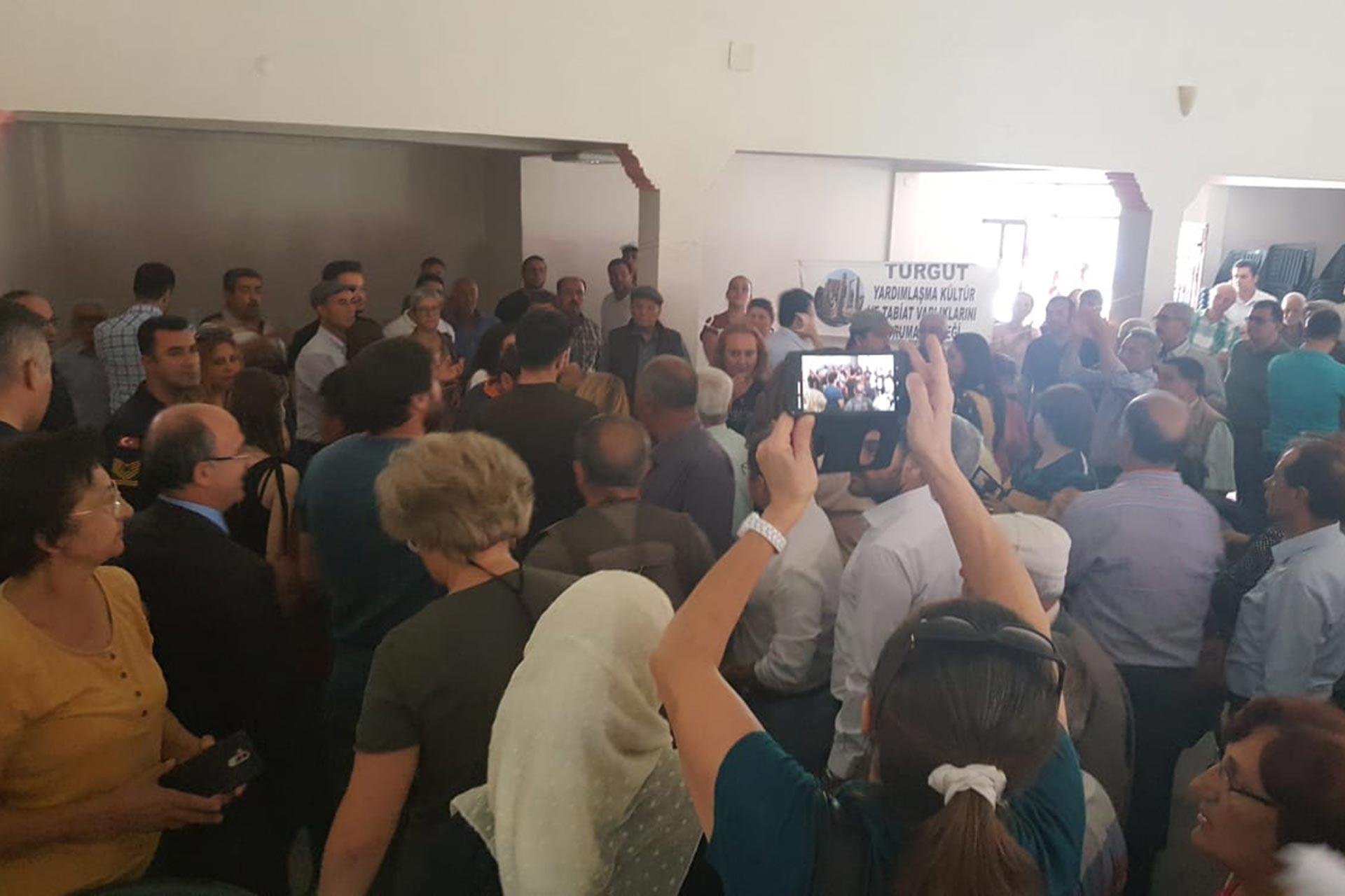 Yatağan'da açılmak istenen yeni kömür ocaklarına yöre halkı tepki gösteriyor