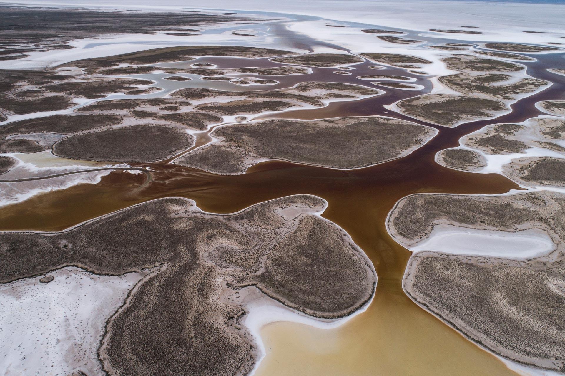 Tuz Gölü giderek küçülüyor, kuruma tehlikesi altında