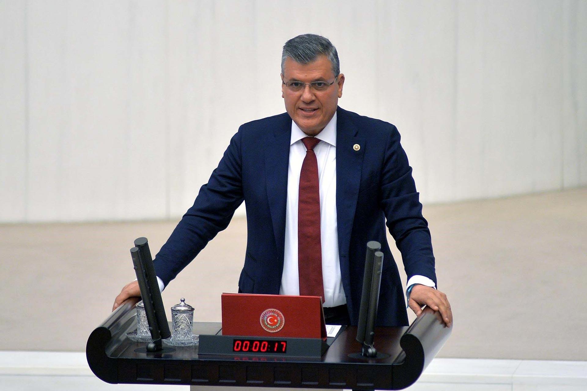 CHP'li Barut: Gazetelerin resmi ilanlarına dokunmayın
