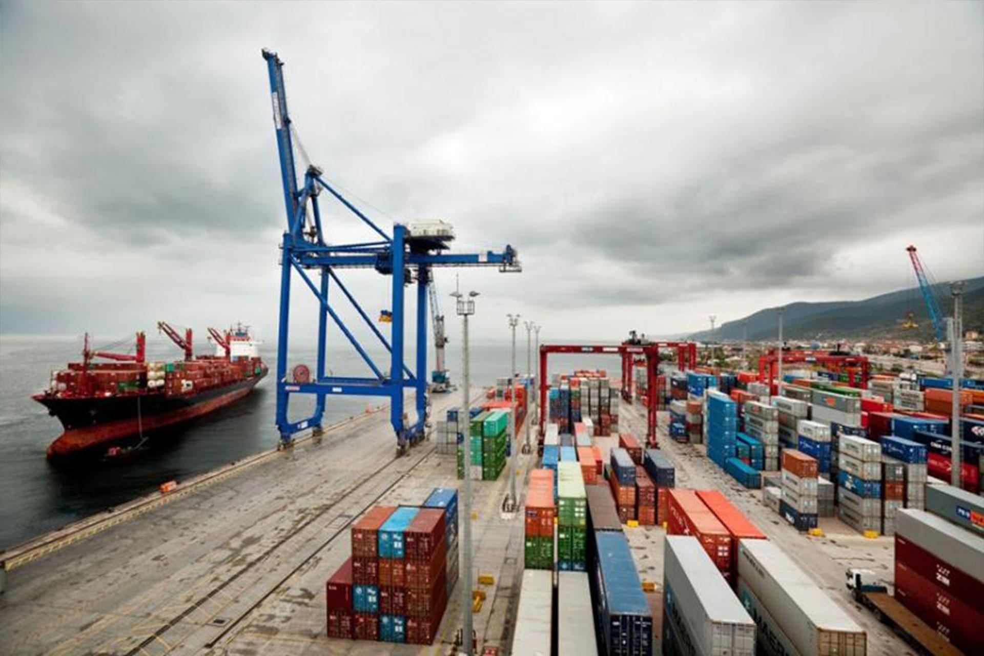 Evyapport işçileri tedirgin: Deprem esnasında limanda olmak istemiyoruz