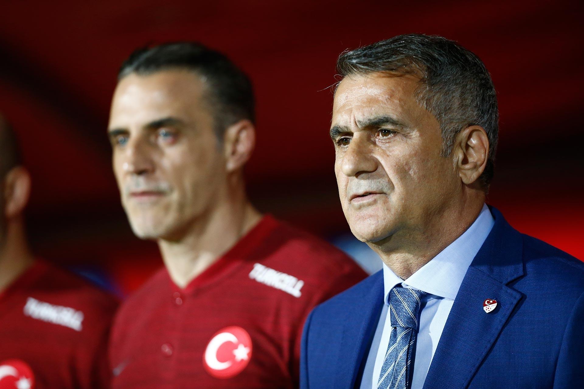 Türkiye A Milli Futbol Takımı Teknik Direktörü Şenol Güneş