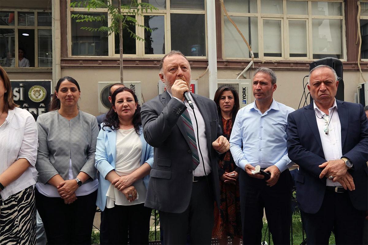 HDP Eş Genel Başkanı Temelli: Kayyumu İstanbul'dan da söküp atacağız