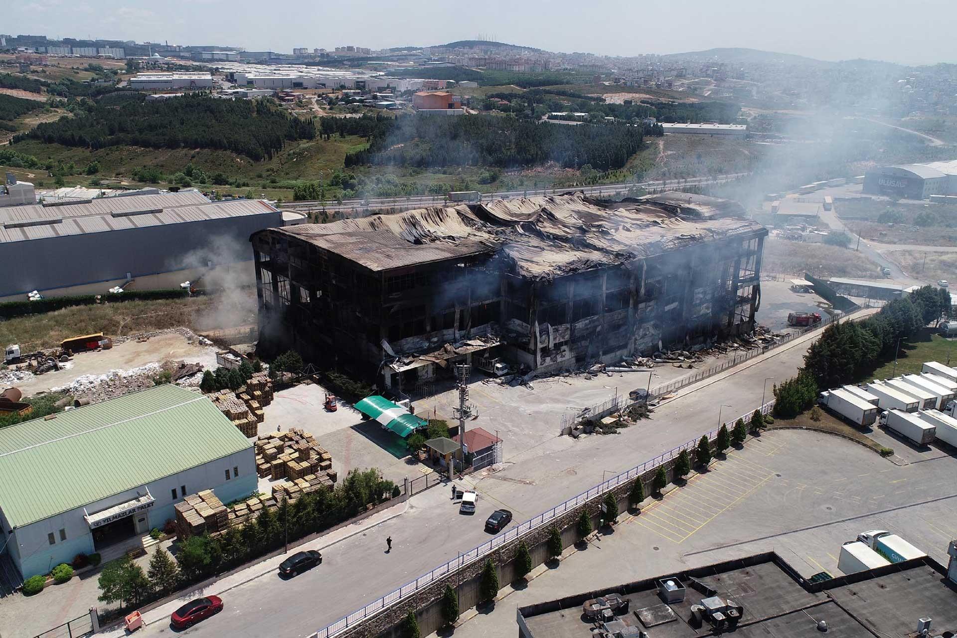 Akpınar Tekstil yangını: Katliamdaki ihmaller TBMM'ye taşındı