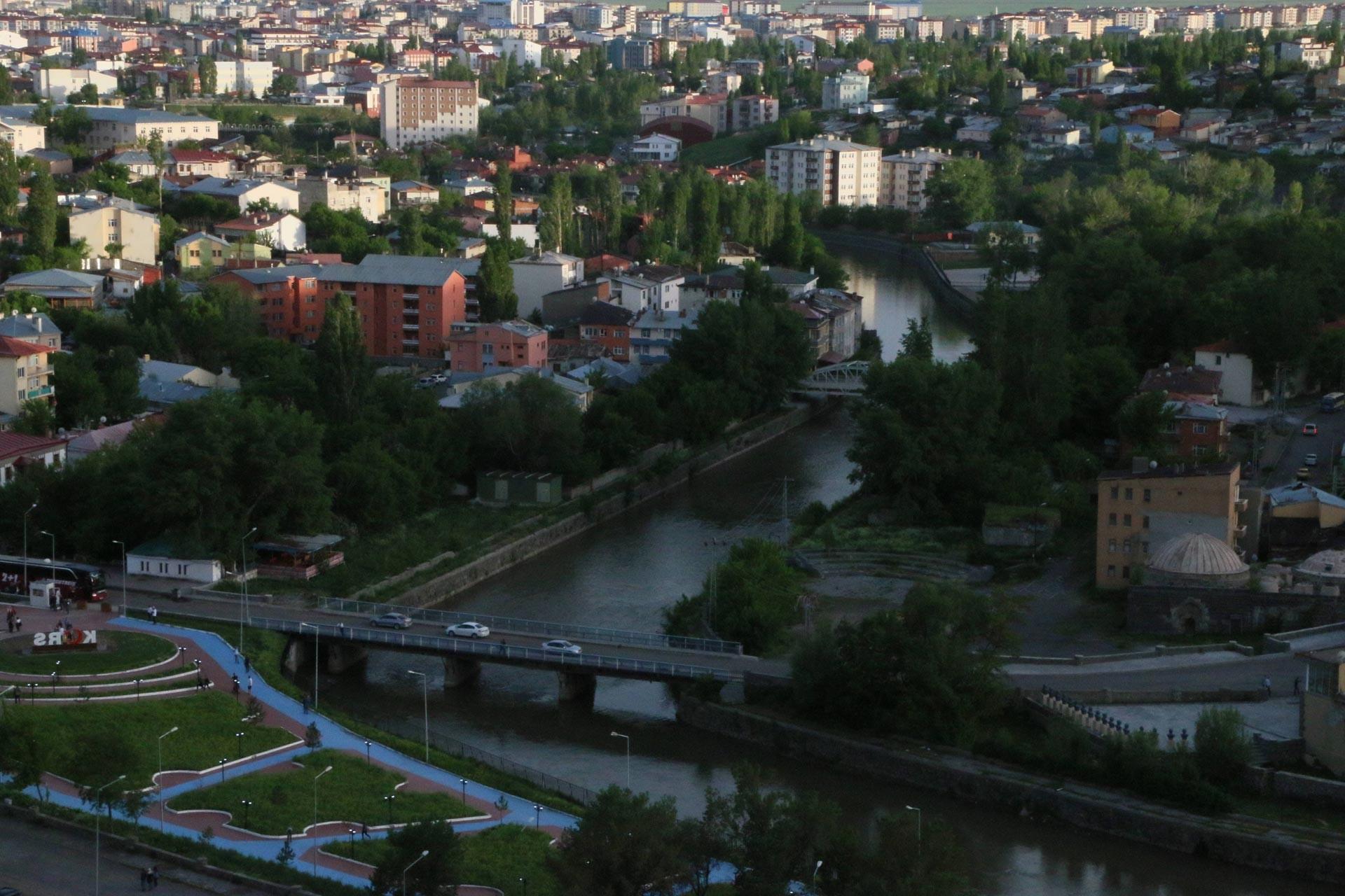 Kars Belediye Eş Başkanları: Şehir göç eden değil cazibe merkezi haline gelecek