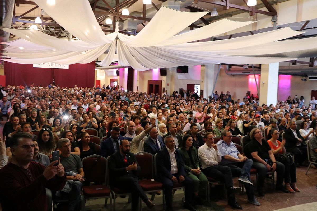 Almanya'da Ekrem İmamoğlu'yla dayanışma etkinliği