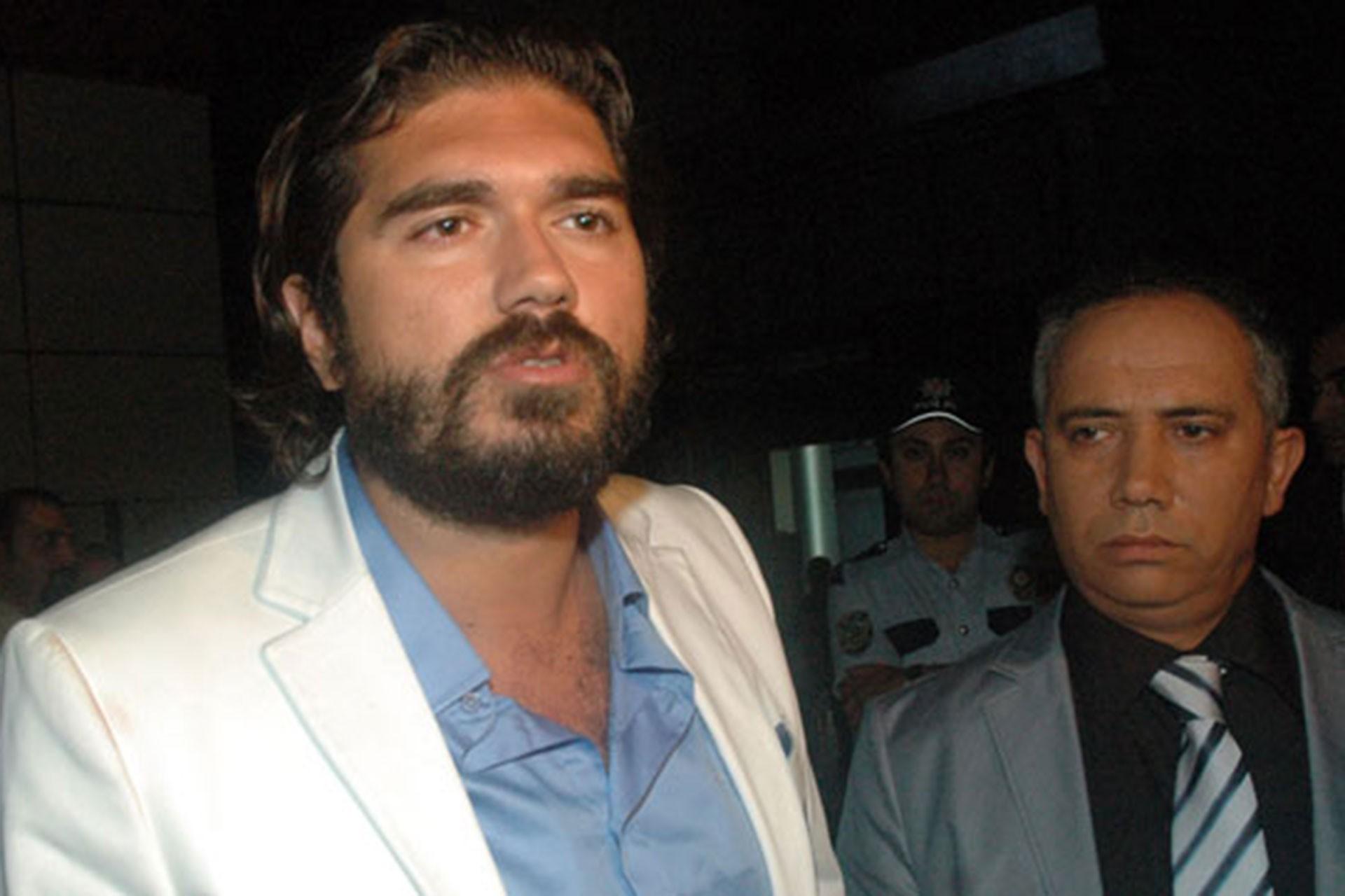 Rasim Ozan Kütahyalı hakkında yakalama kararı çıkarıldı