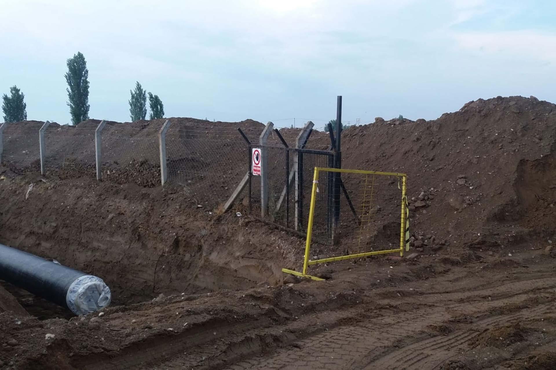 Manisa Salihli'de JES şirketi çiftçinin yolunu kapattı
