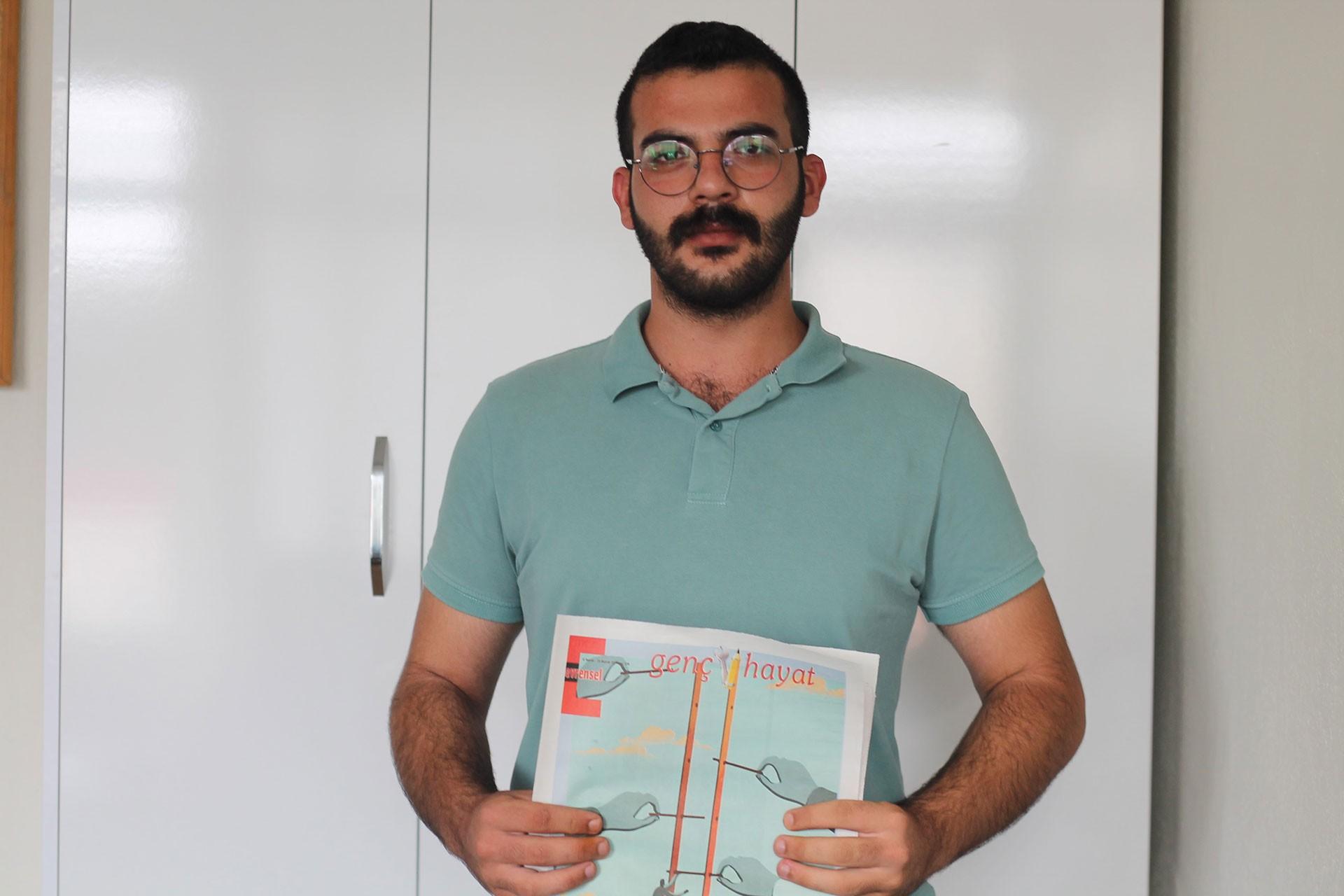 Çukurova Üniversitesinde Evrensel ve Genç Hayat dağıtan öğrenciye ceza kesildi