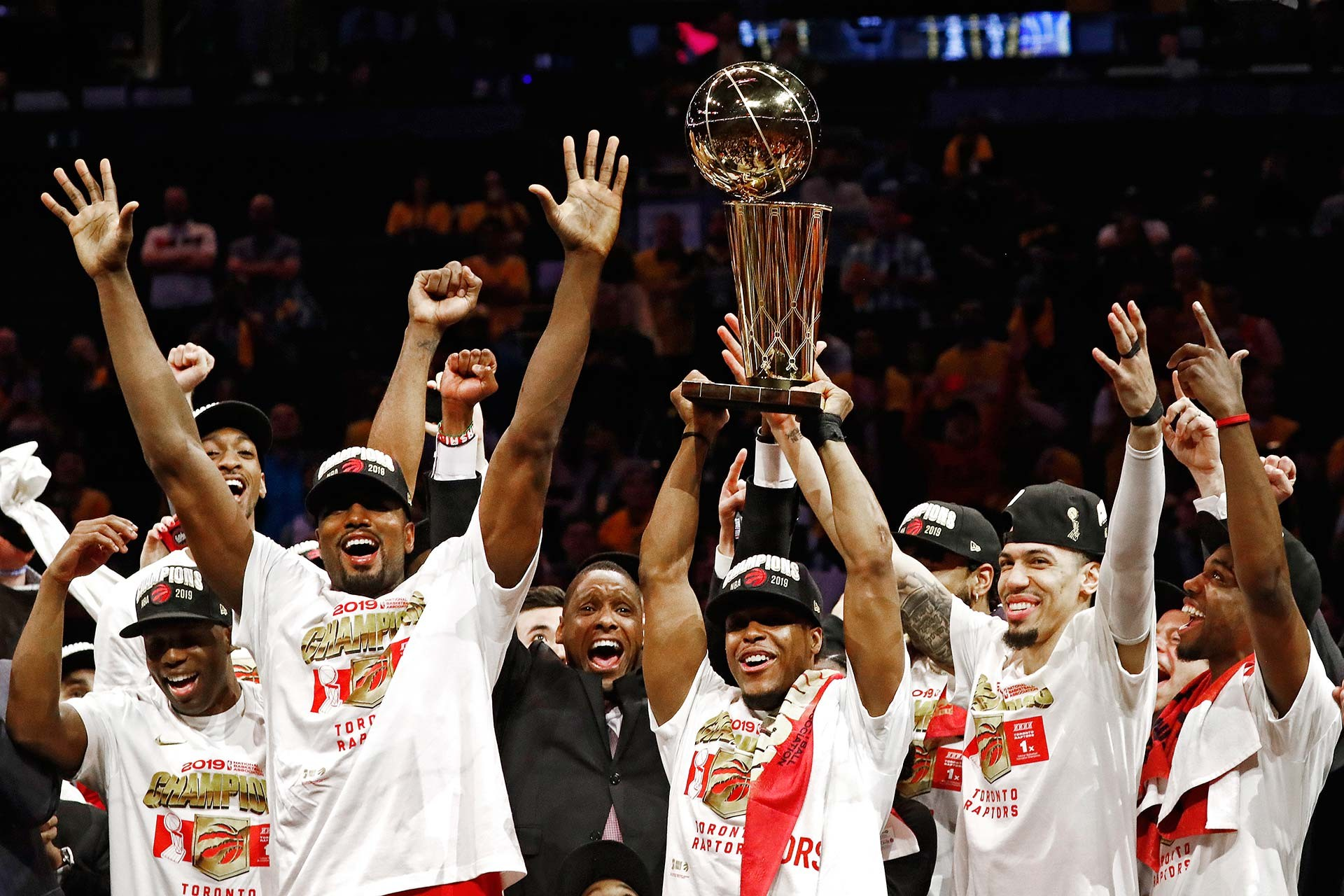 Toronto Raptors, NBA tarihinde ilk kez şampiyon oldu