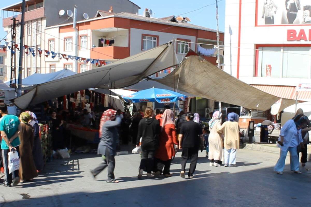 Kadınların canına tak etti: 20 lirayla pazar yapıyoruz, artık AKP'ye oy yok!