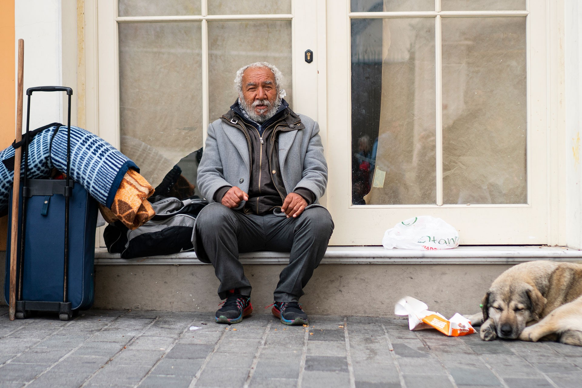 Battaniyesini sırtında taşıyan müzisyen: Papaz Kazım