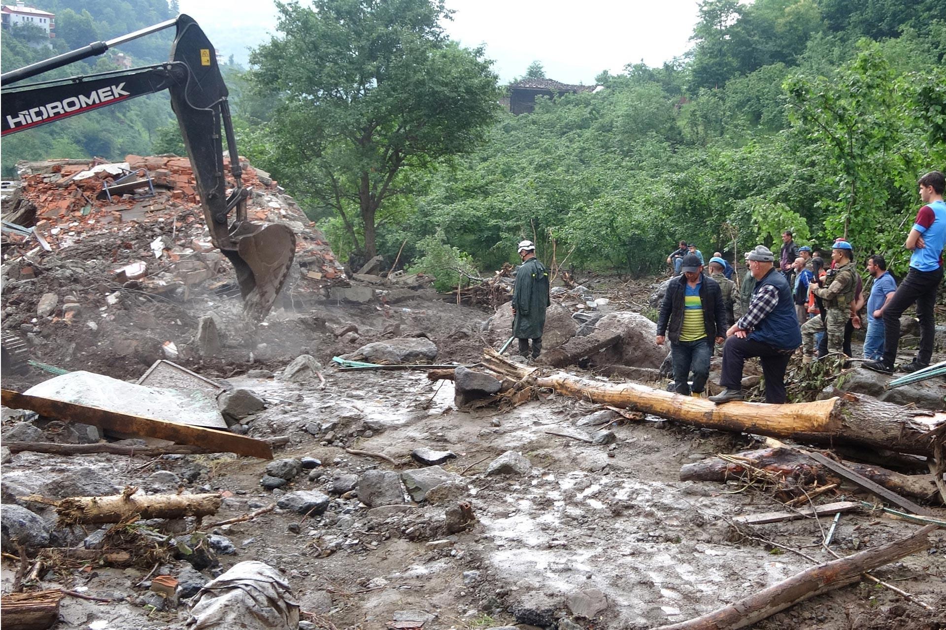 Trabzon'daki selde yaşanan yıkım ve can kayıpları insan kaynaklı
