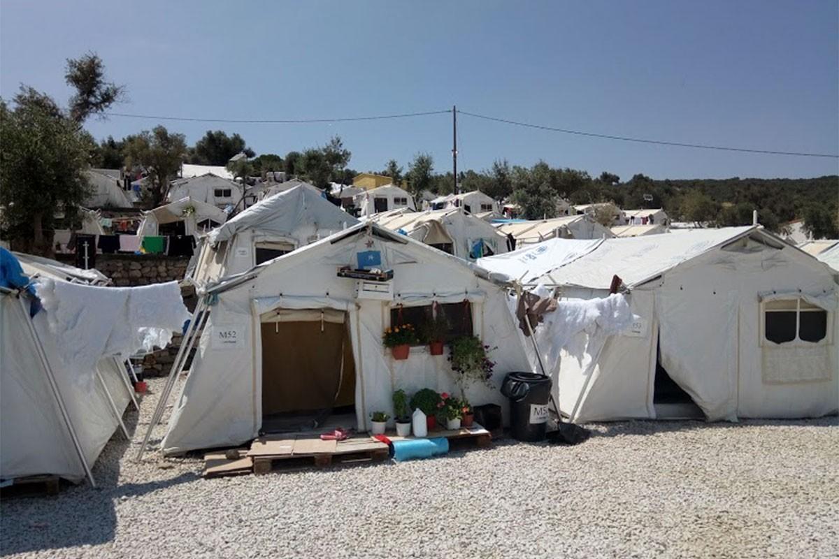 Midilli Adası'ndaki mülteci kampı