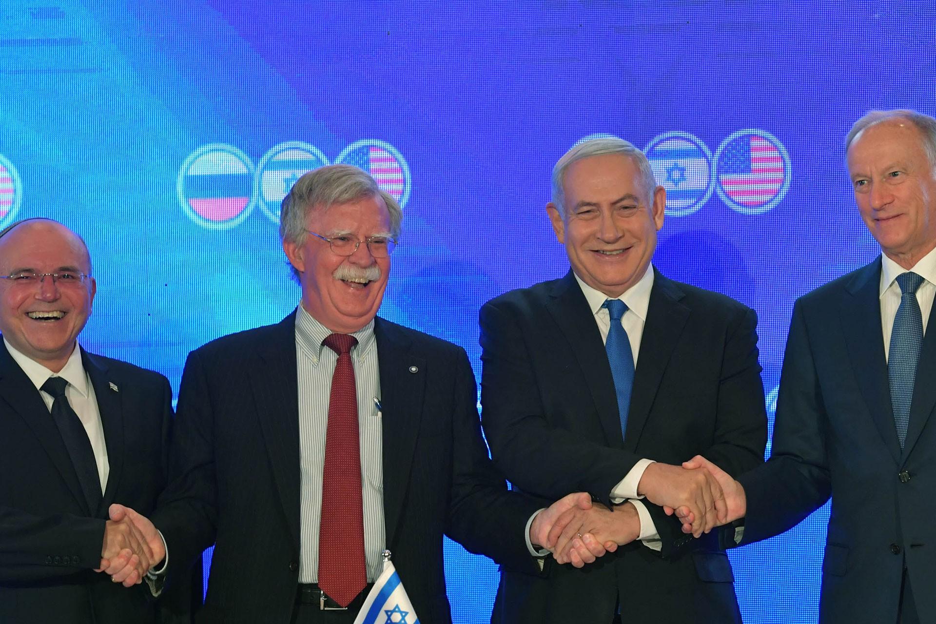 ABD'nin yeni yaptımlarına İran'dan yanıt: ABD diplomasiye kapıyı kapatıyor