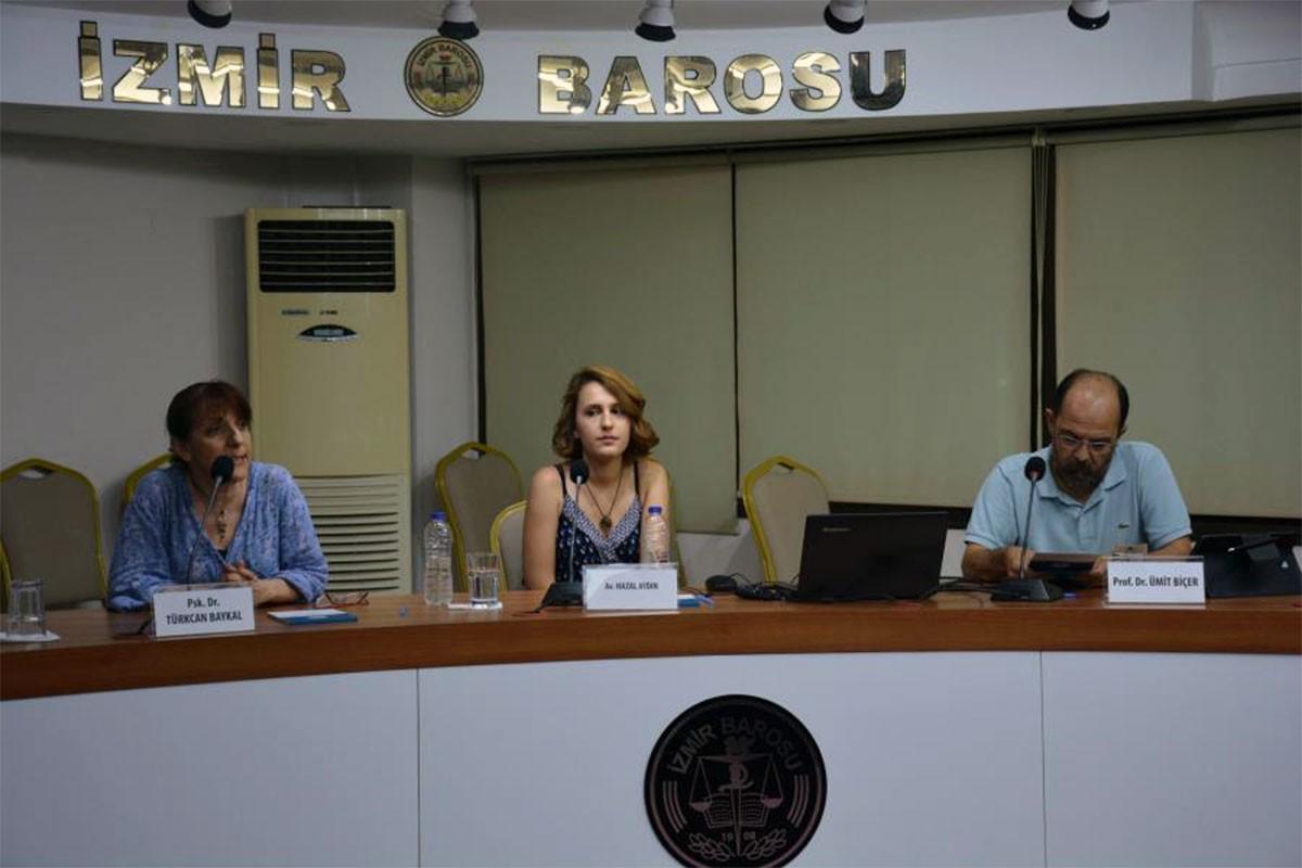 İzmir Barosundan Türkiye'de İşkence Gerçeği paneli