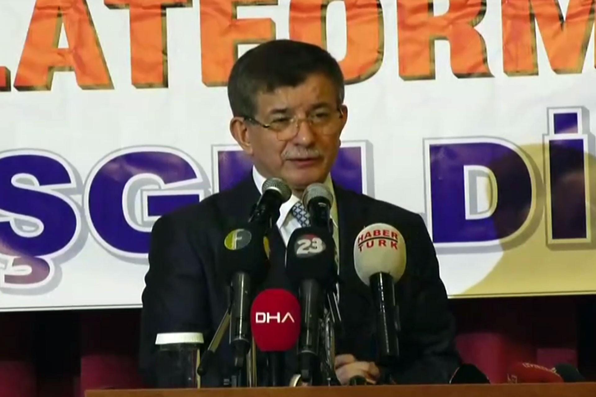 Ahmet Davutoğlu: Bugün susma vakti değildir