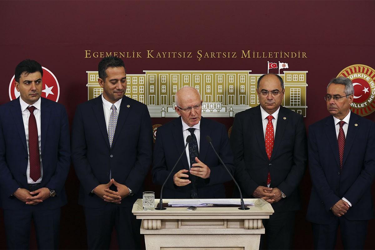 İbrahim Kaboğlu: Yargı Reformu teklifi sorunları çözmüyor, üzerini ötüyor