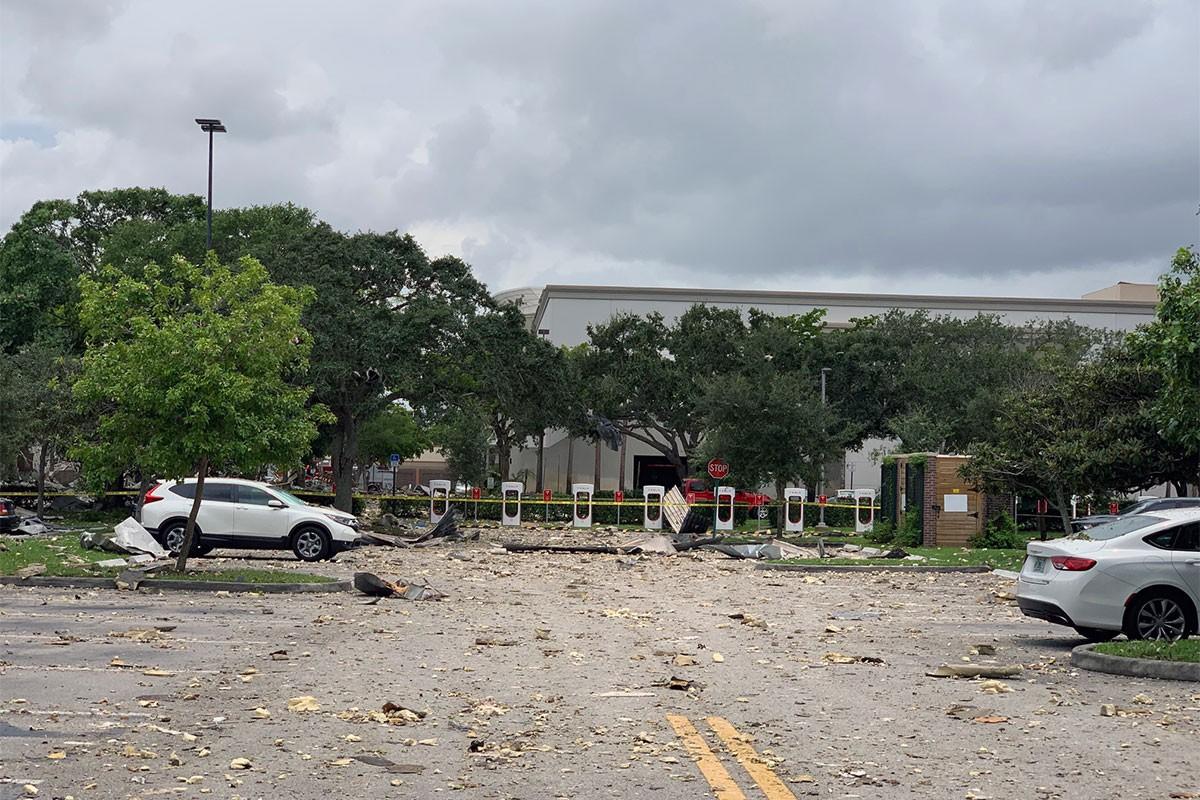 ABD'nin Florida eyaletindeki bir AVM'de patlama: 20 yaralı
