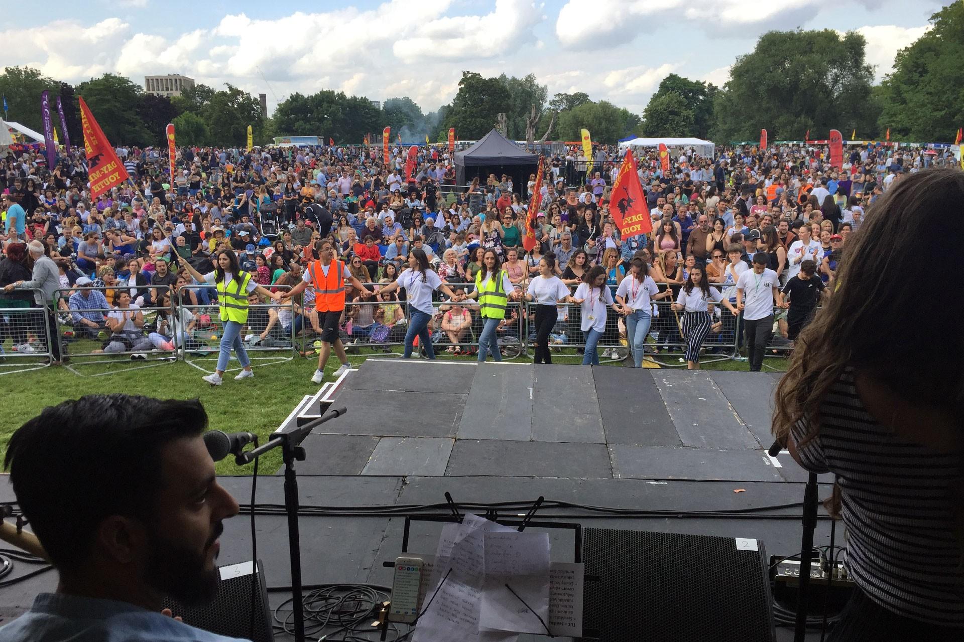 Londra'da DAY-MER Festivali binleri bir araya getirdi