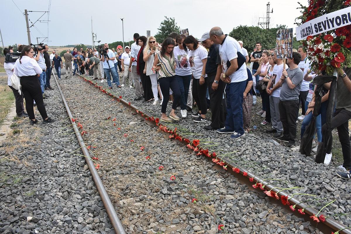 Çorlu tren katliamında hayatını kaybedenler anıldı