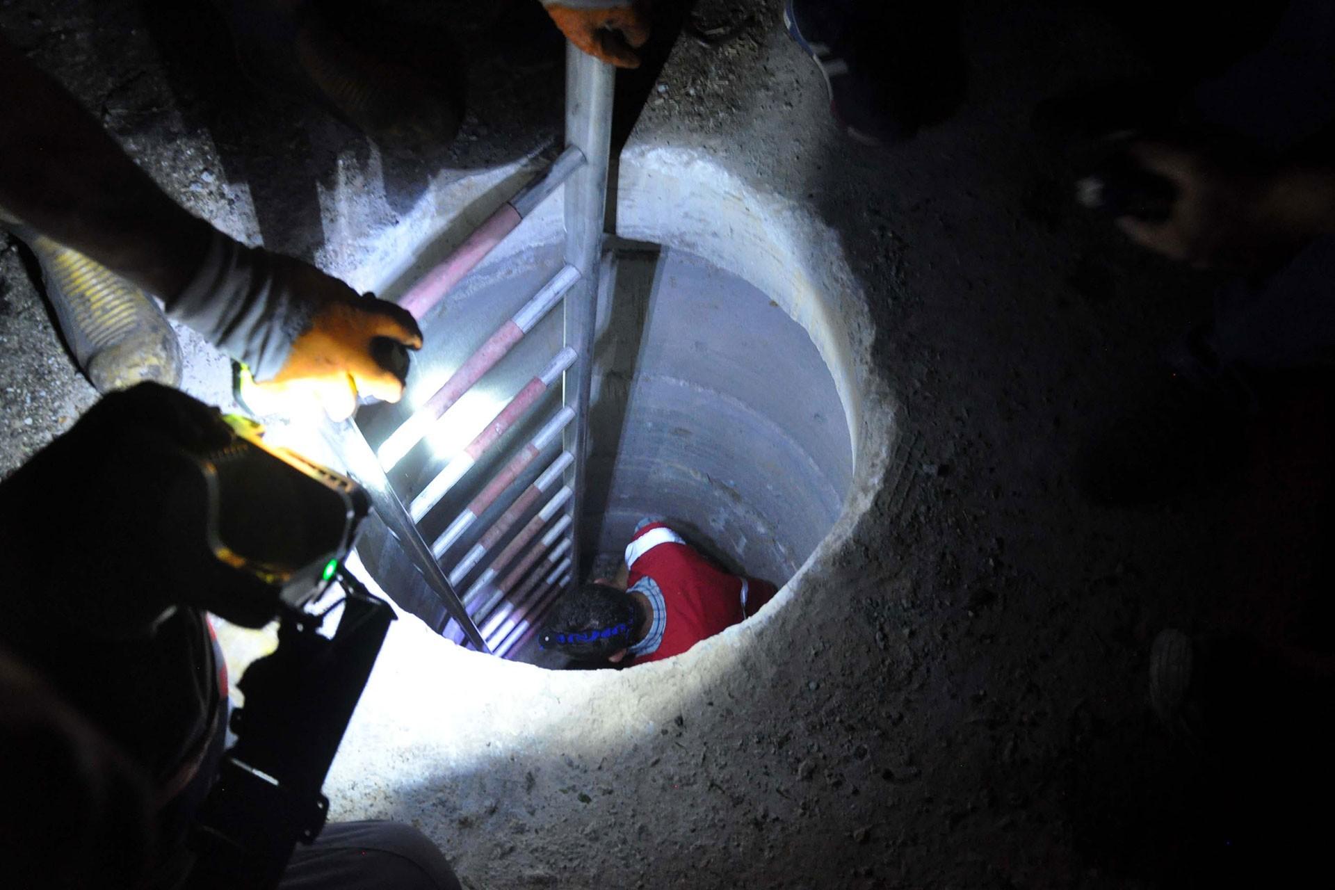 Üstü açık kanalizasyon çukuruna düşen 6 yaşındaki çocuk ölü bulundu