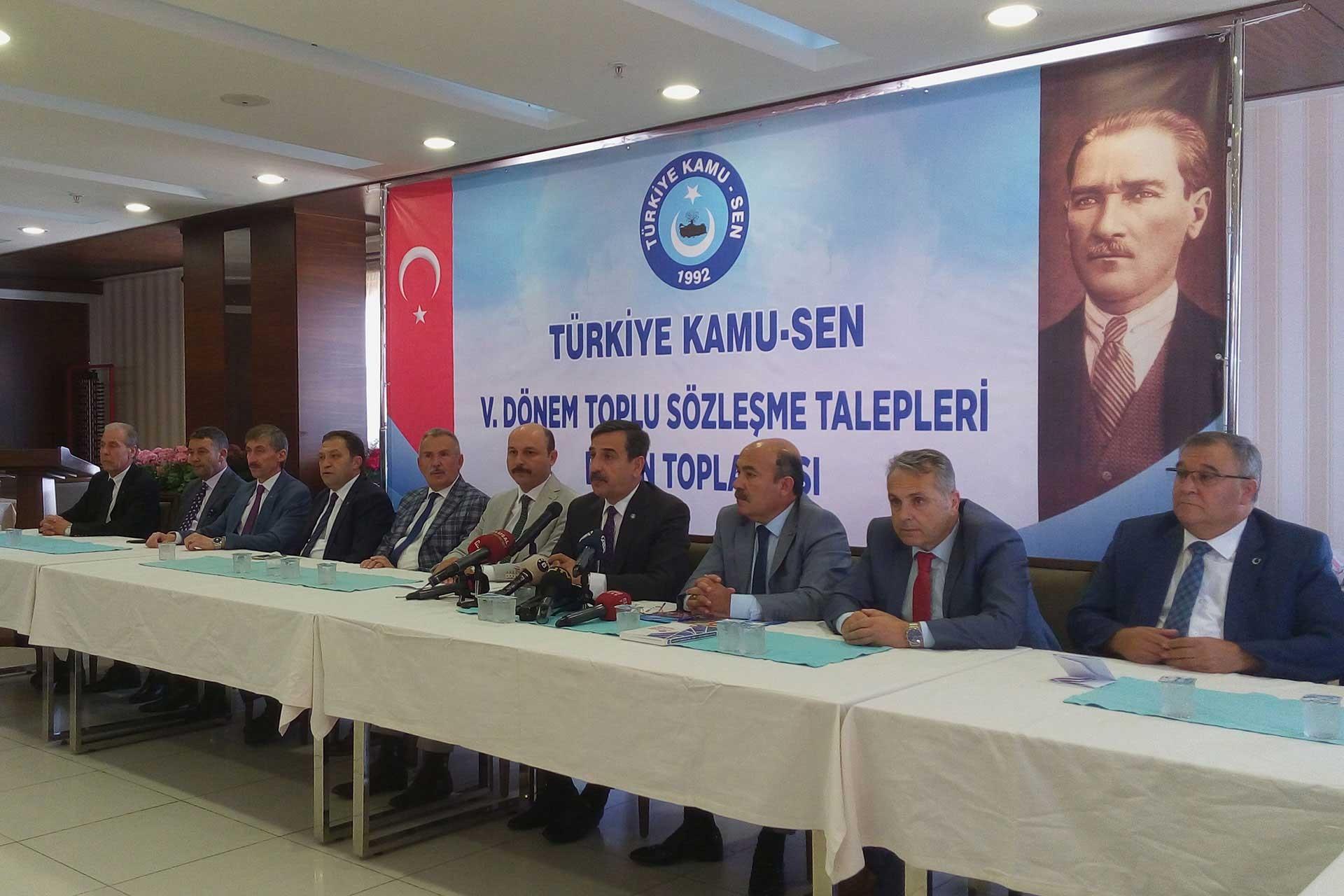 Kamu-Sen TİS taleplerini ilan etti: Hükümet, Türkiye gerçeklerini görsün