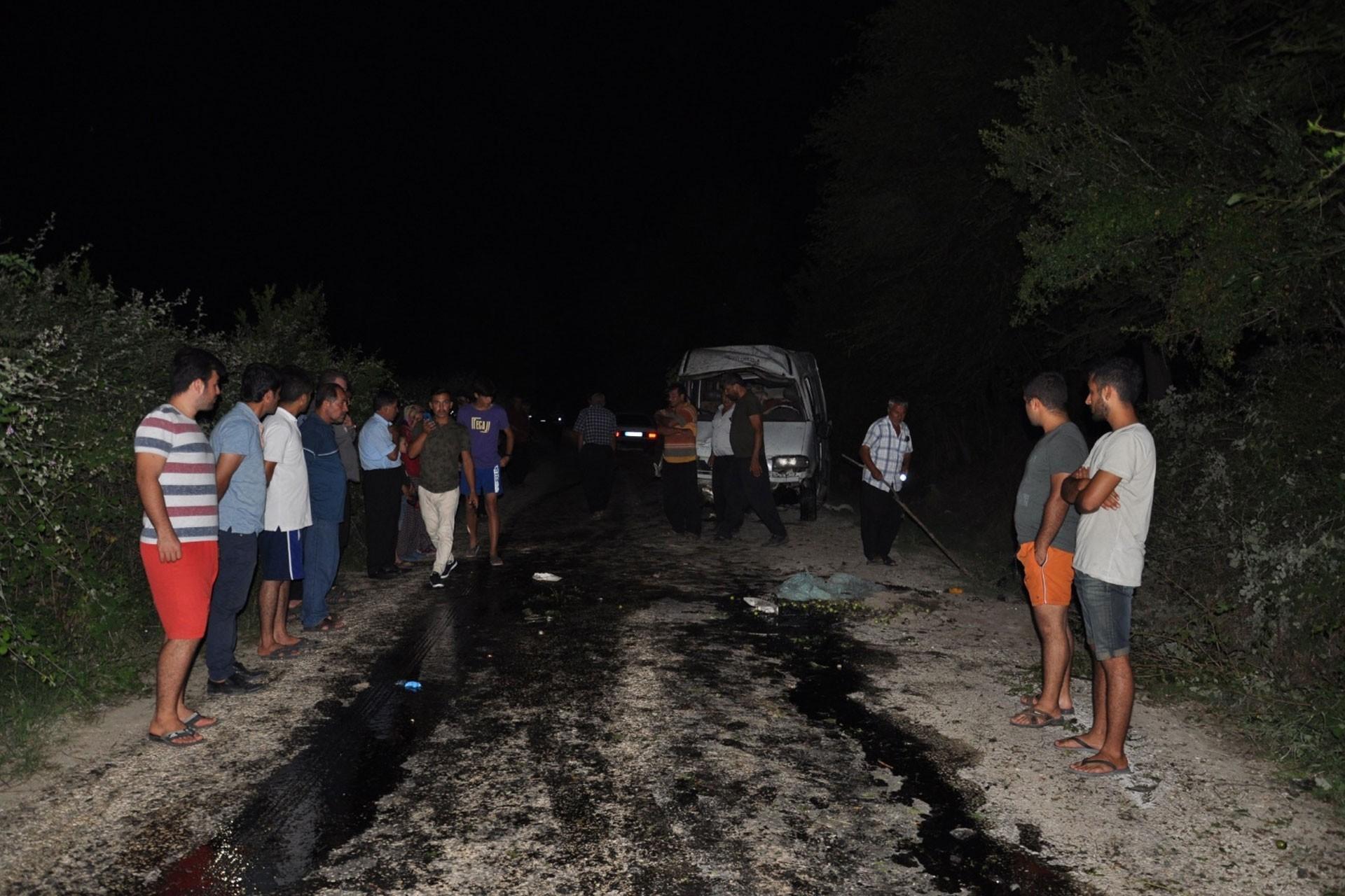 Tarım işçilerini taşıyan minibüs devrildi: 1 ölü, 5 yaralı