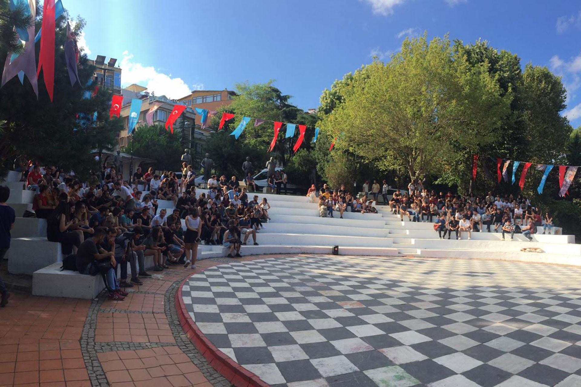 YTÜ öğrencileri: Okulumuzdaki millet bahçesi projesi iptal edilsin