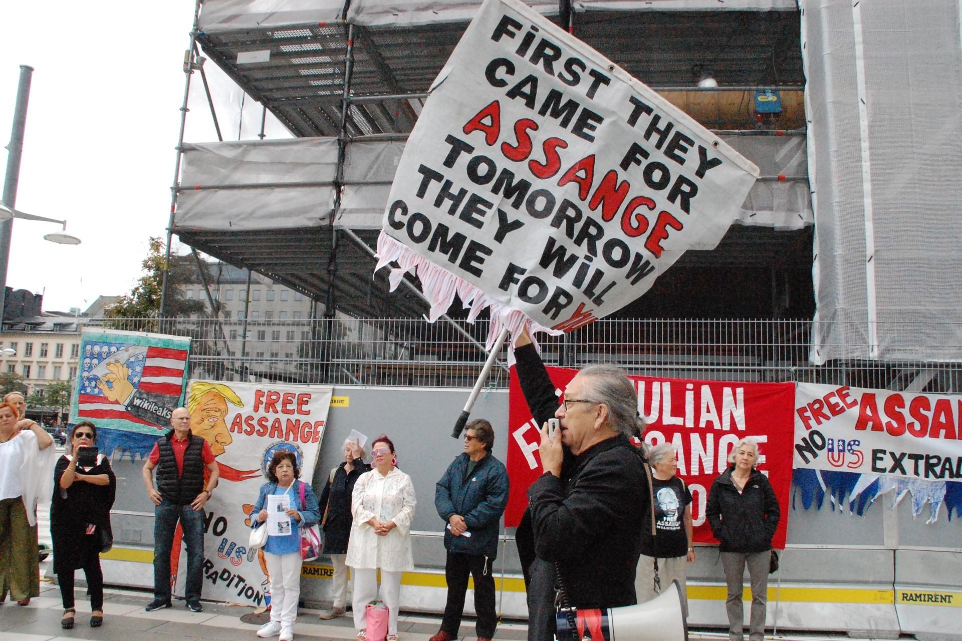 Stockholm'de Julian Assange ve ifade özgürlüğü için eylem