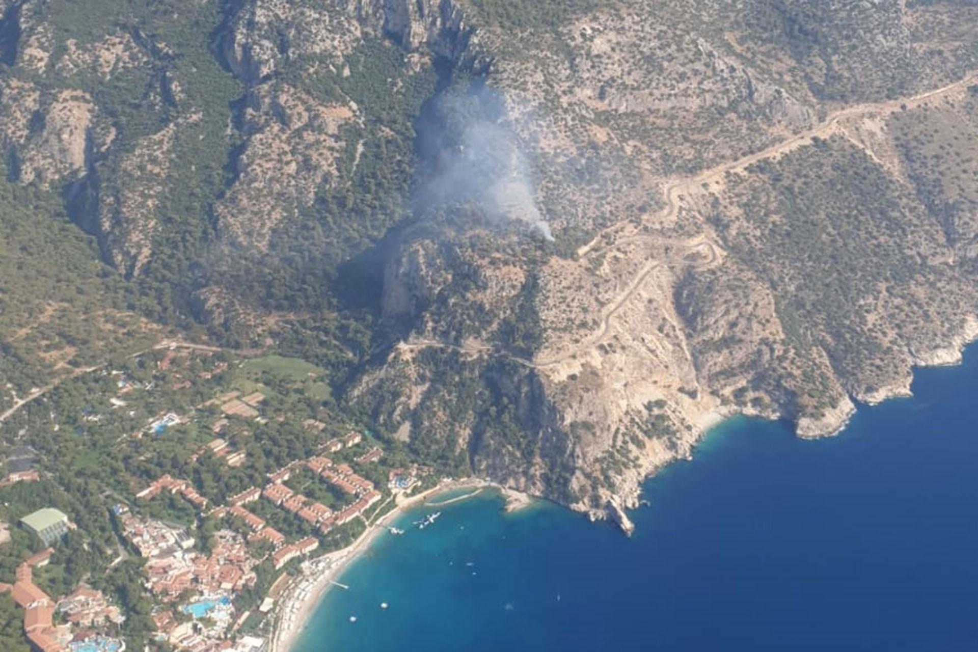 Fethiye'de orman yangını: Paraşüt uçuşları durduruldu