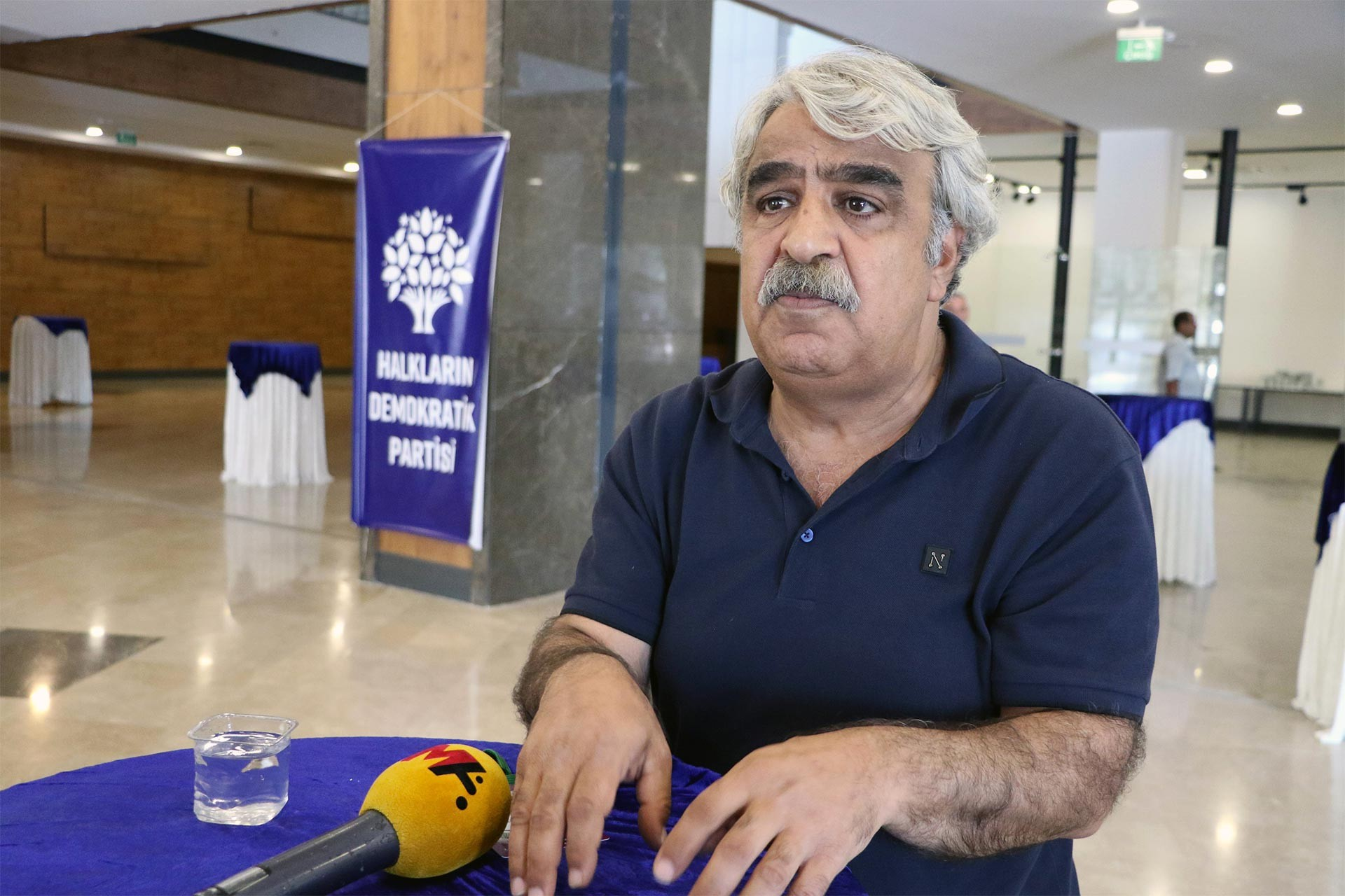 HDP'li Mithat Sancar: Bayram sonrası siyasi partilere anayasa çağrısı yapacağız