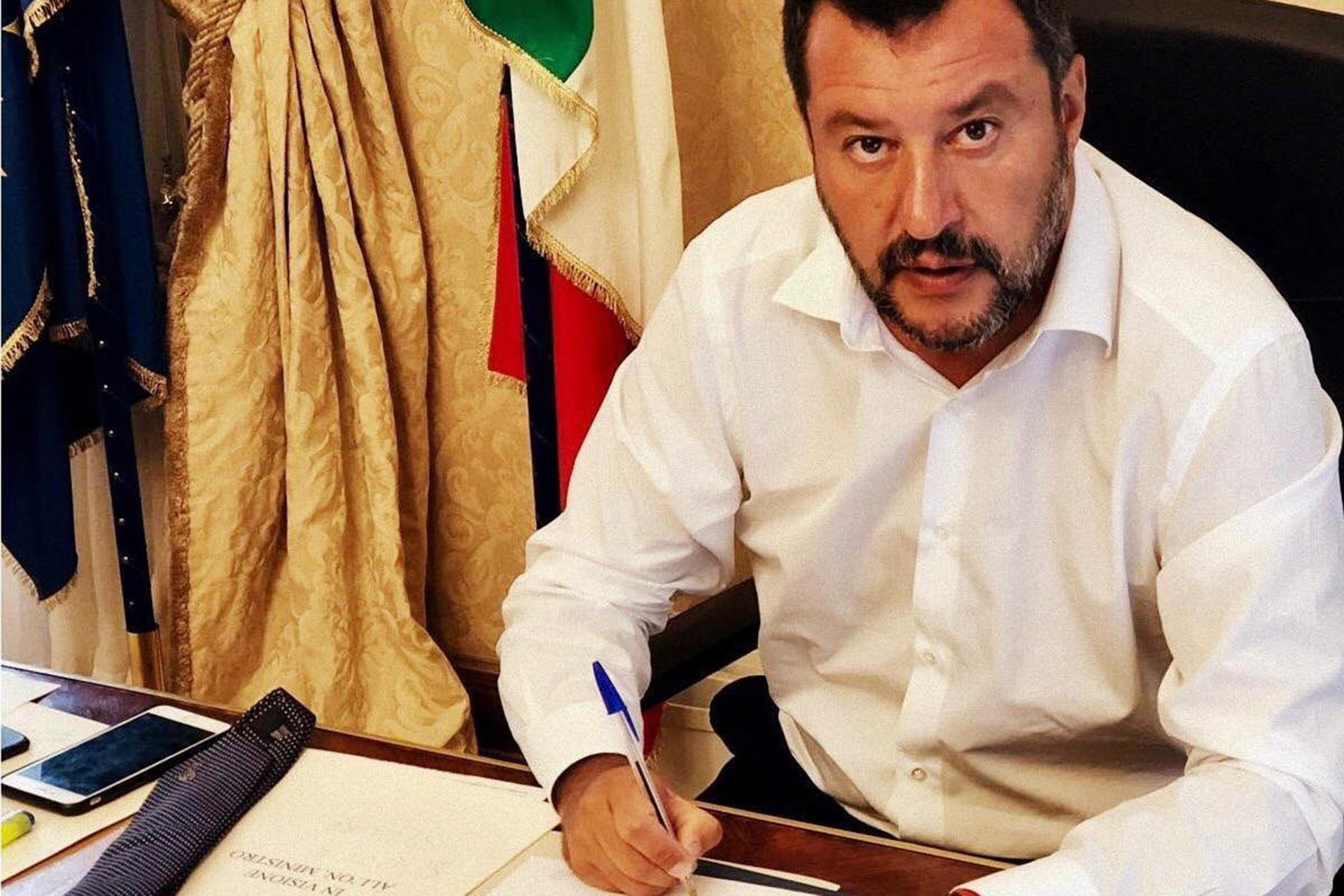 On the populist government crisis in Italy: Salvini wants all the power