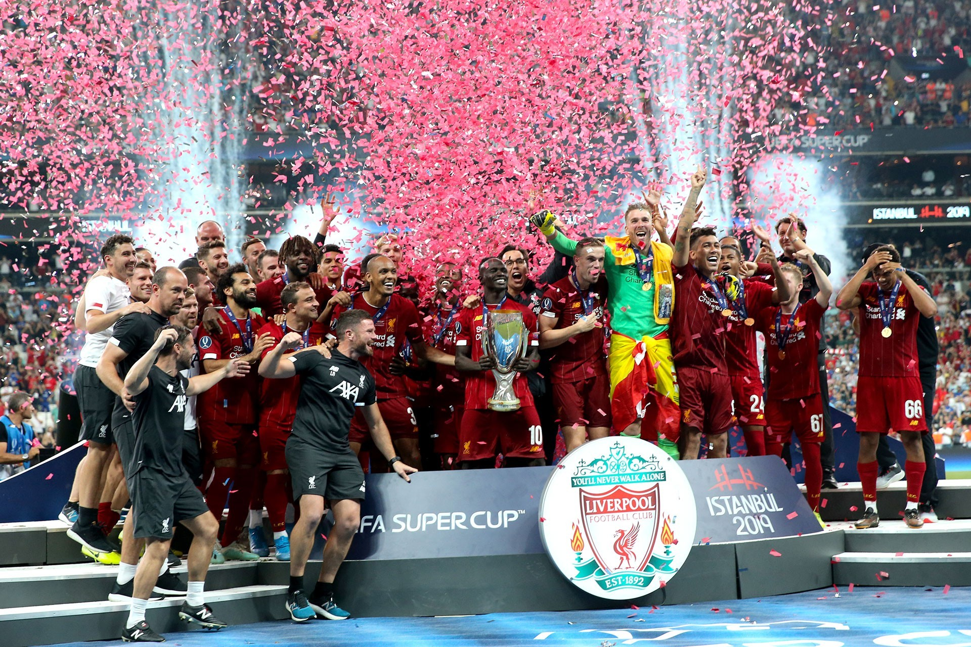 UEFA Süper Kupa'nın sahibi, Chelsea'yi penaltılarla 5-4 yenen Liverpool oldu