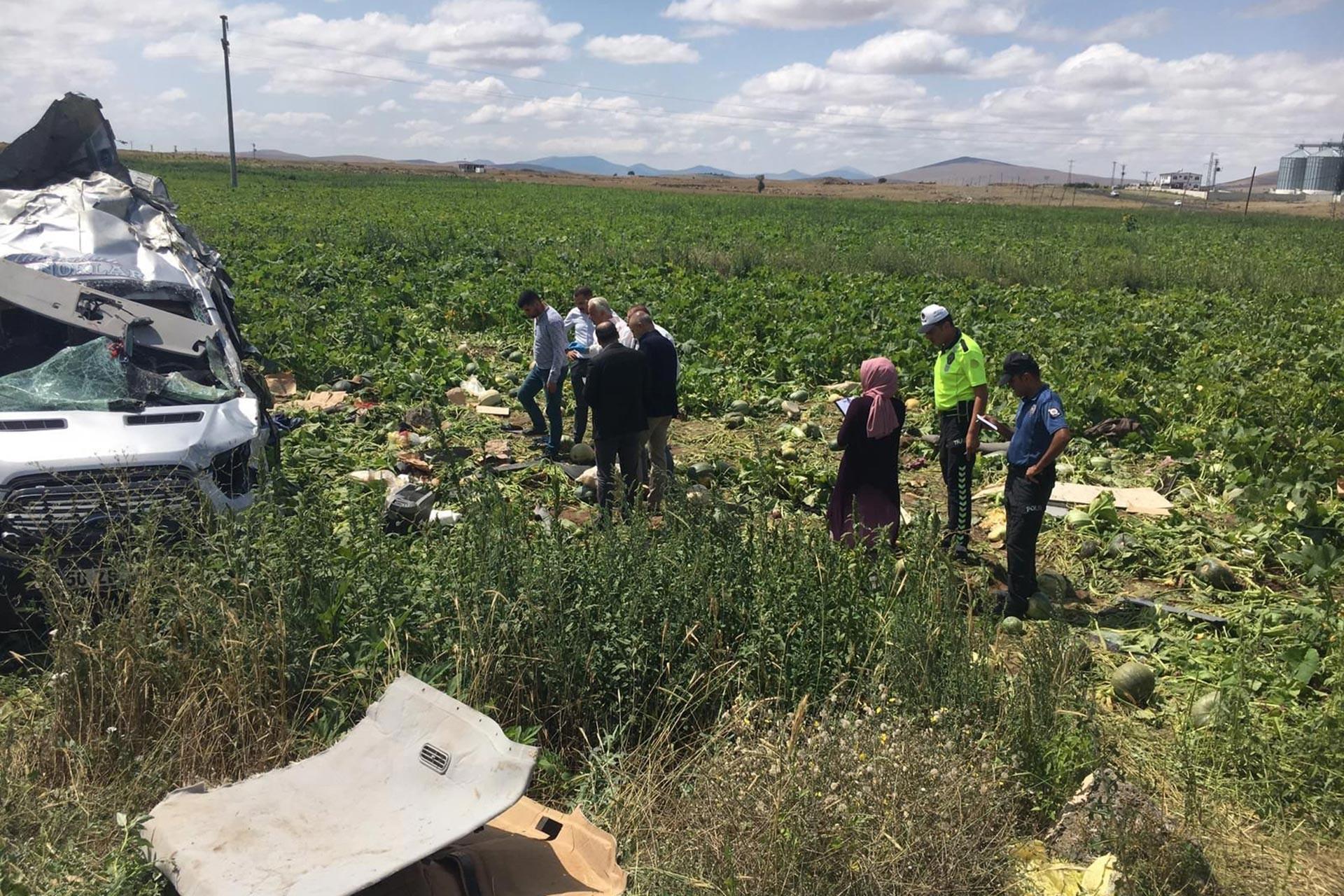 HDP'li vekil Hatimoğulları Meclis'in tarım işçilerinin sorunlarına çözümünü sordu