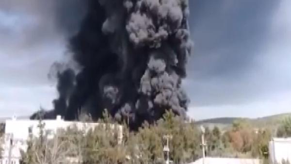 Meksika'da plastik ve yağ fabrikalarında yangın çıktı