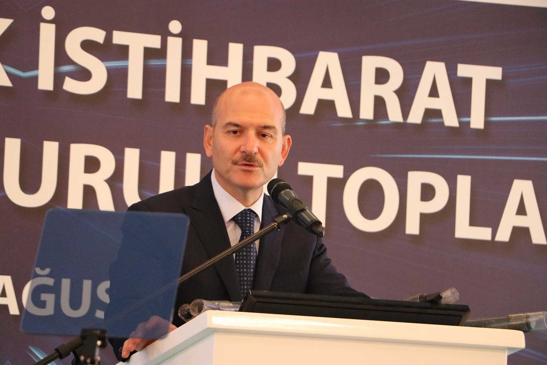 HDP'den Soylu'ya soru: 'Kayyumdan hediye aldın mı?'