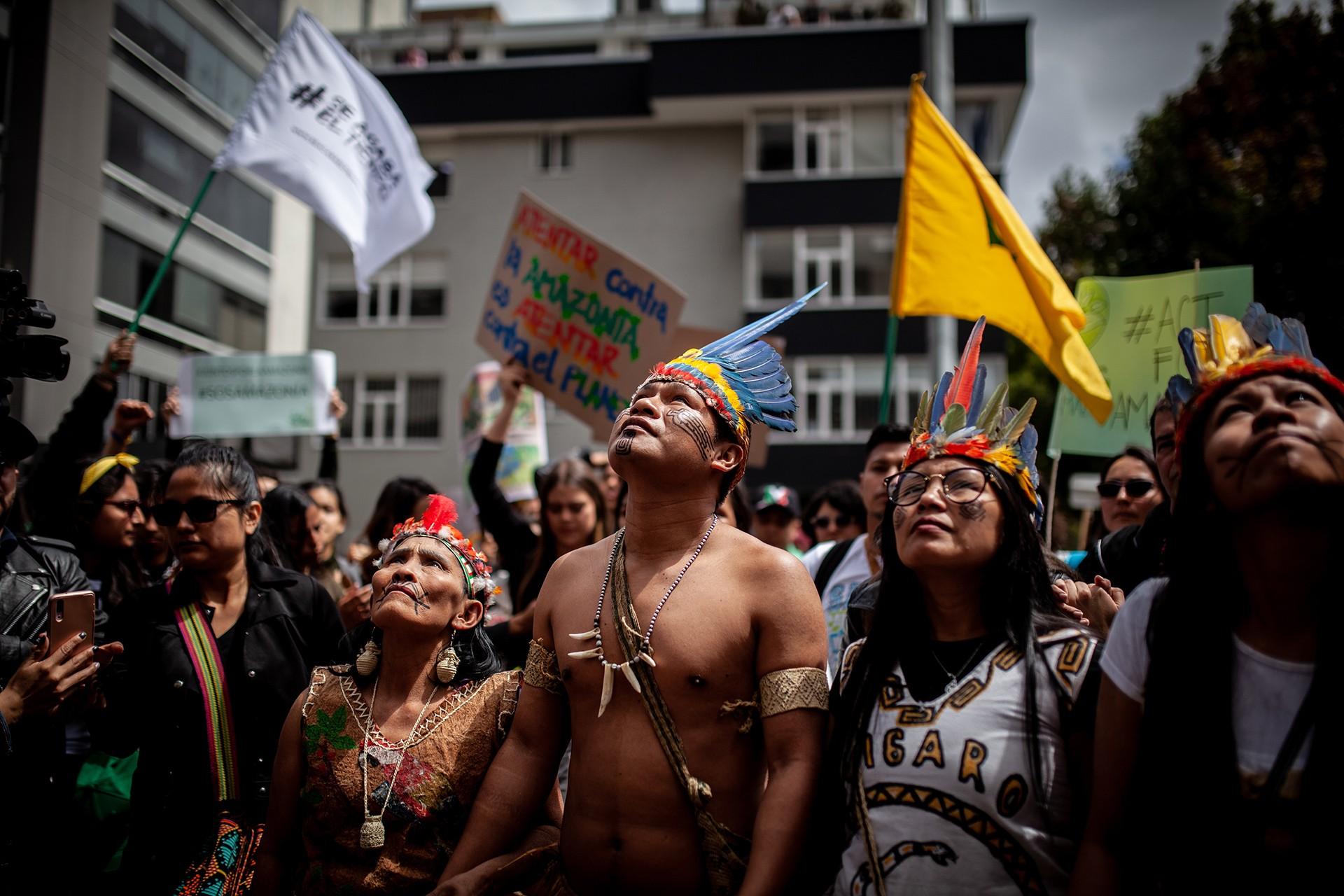 Brezilya hükümeti Amazon yangınları nedeniyle protesto edildi