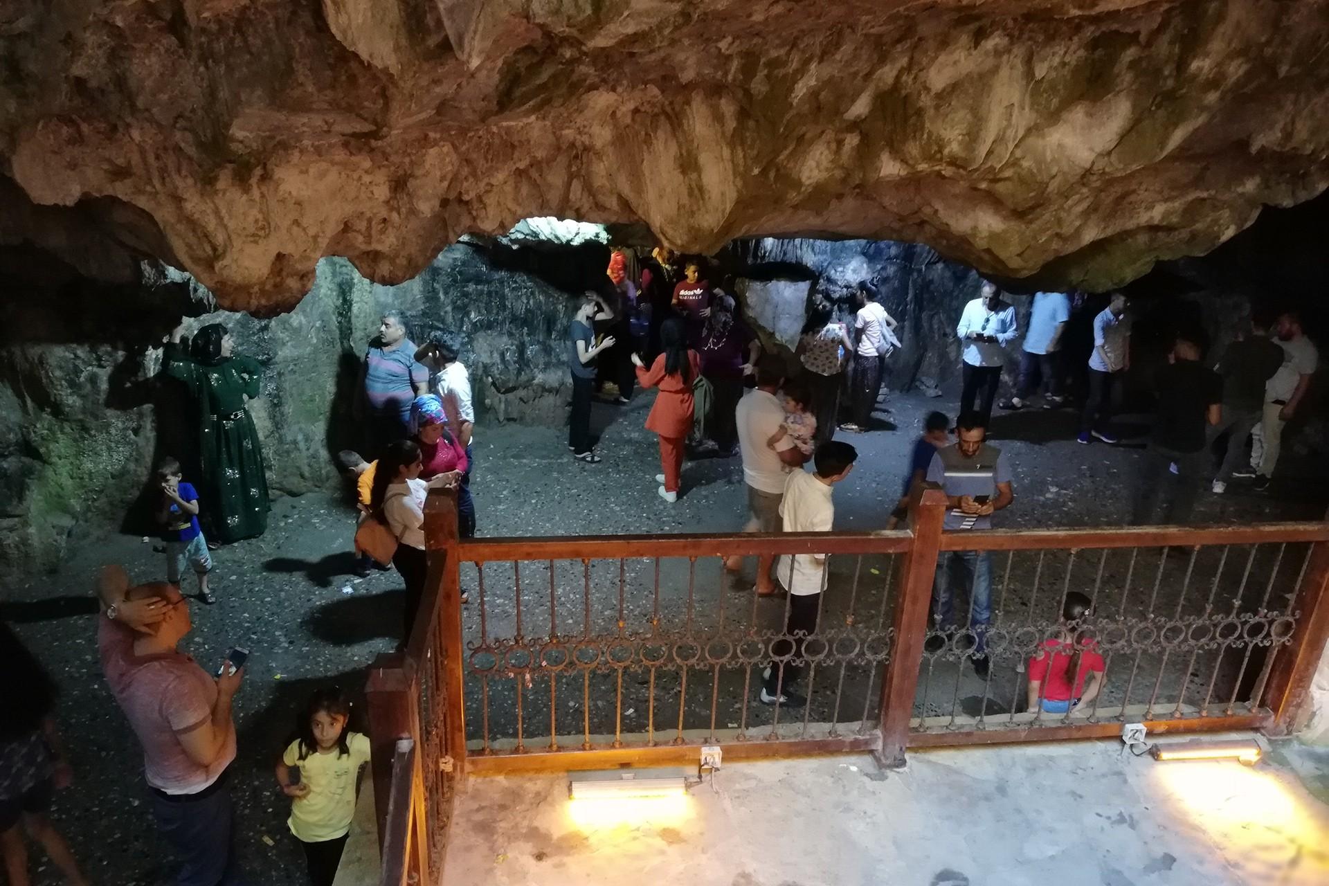 Yedi Uyurlar Mağarası Efsanesi