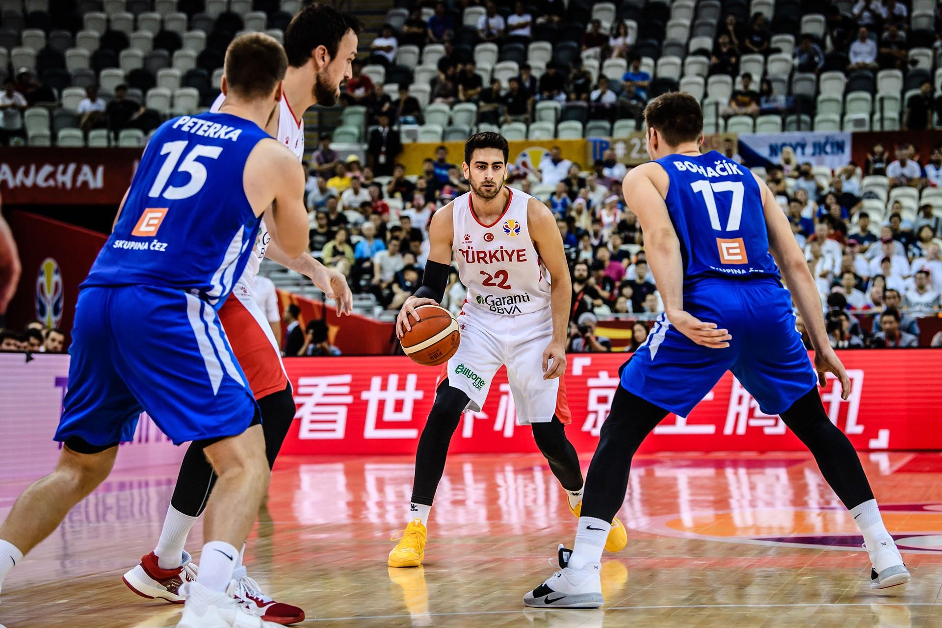 Çekya'ya 91-76 yenilen A Milli Erkek Basketbol Takımı Dünya Kupası'na veda etti
