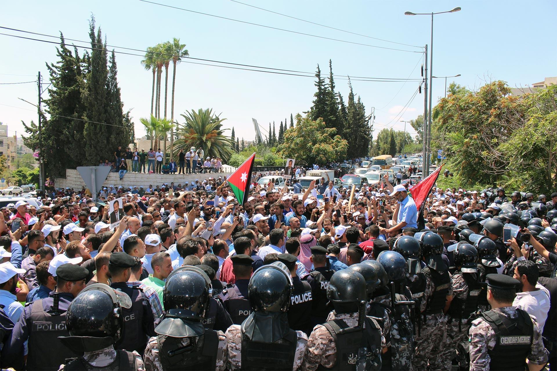 Ürdün'de 'grevi uzatmayın' diyen Başbakan'a öğretmenler tepkili