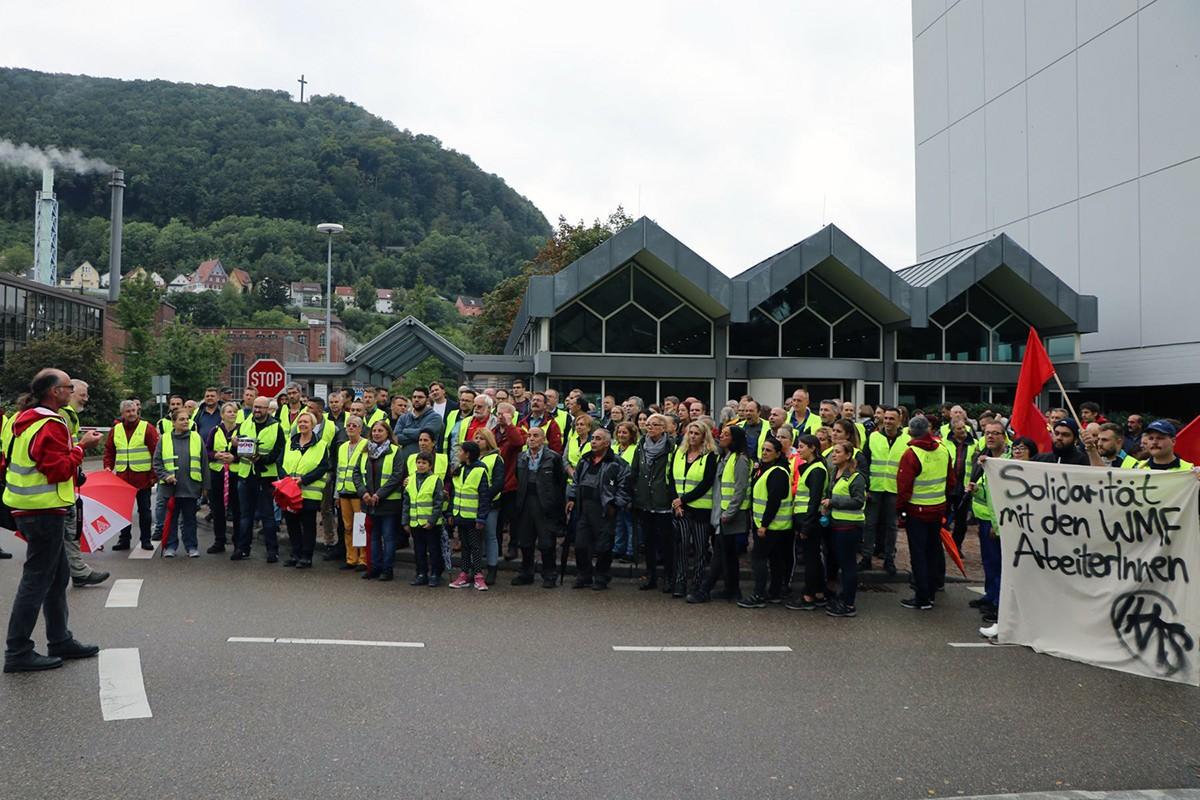 İşten atmalarla gündeme gelen WMF'de işçiler 'pazartesi eylemlerine' destek bekliyor