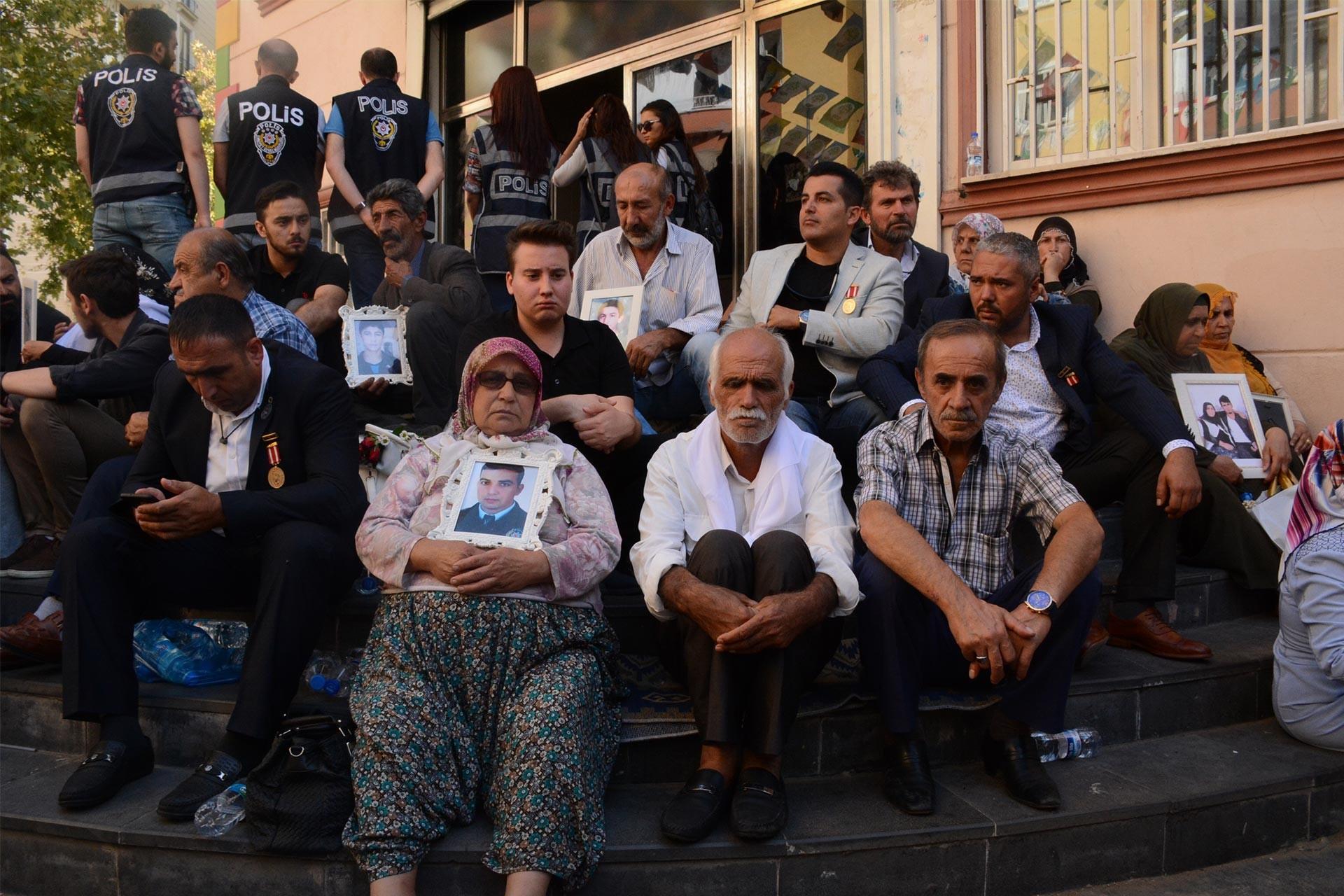 Aileler çözüm için sadece HDP'den destek beklemiyorlar