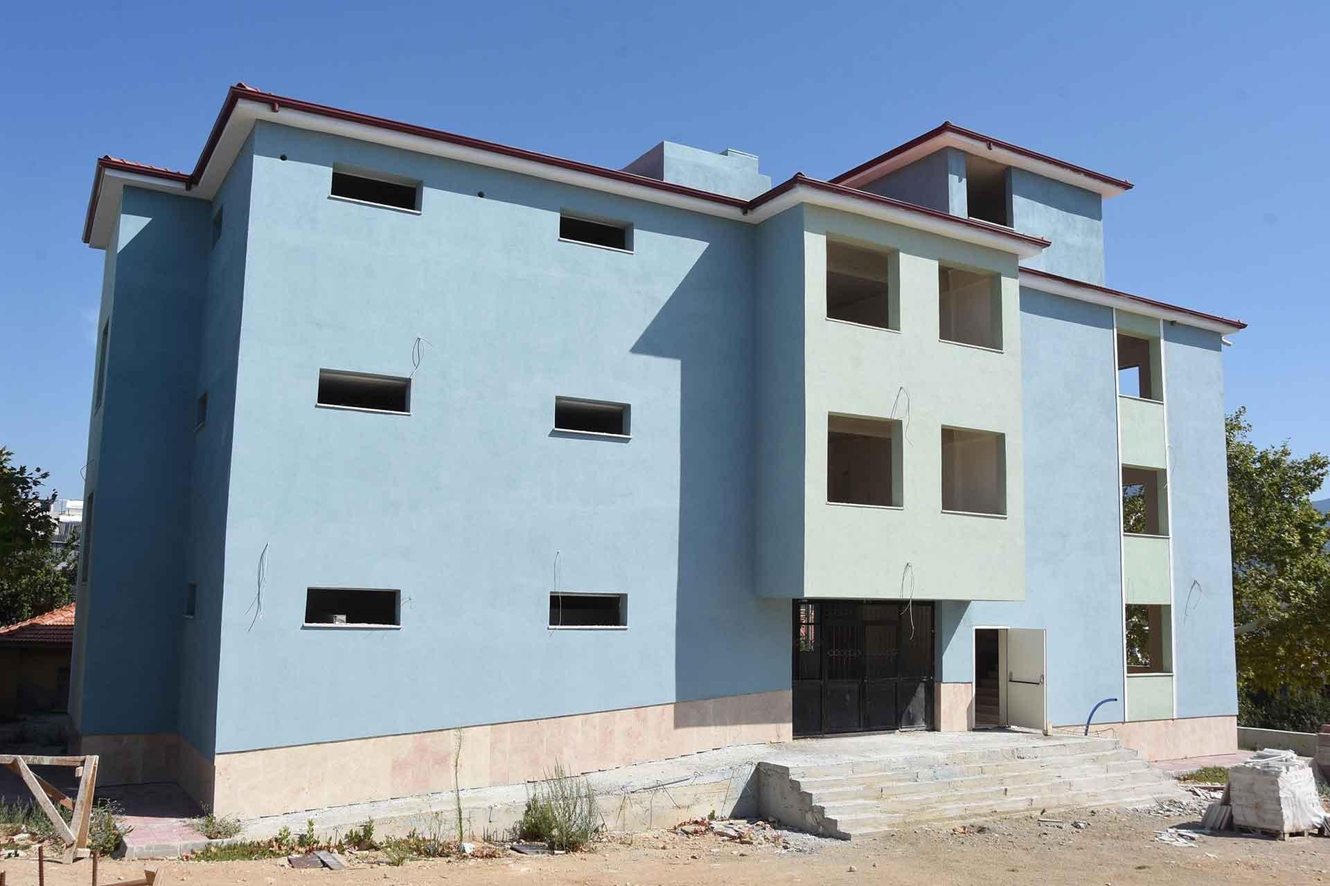 Belenbaşı'da yarım kalan okul inşaatı