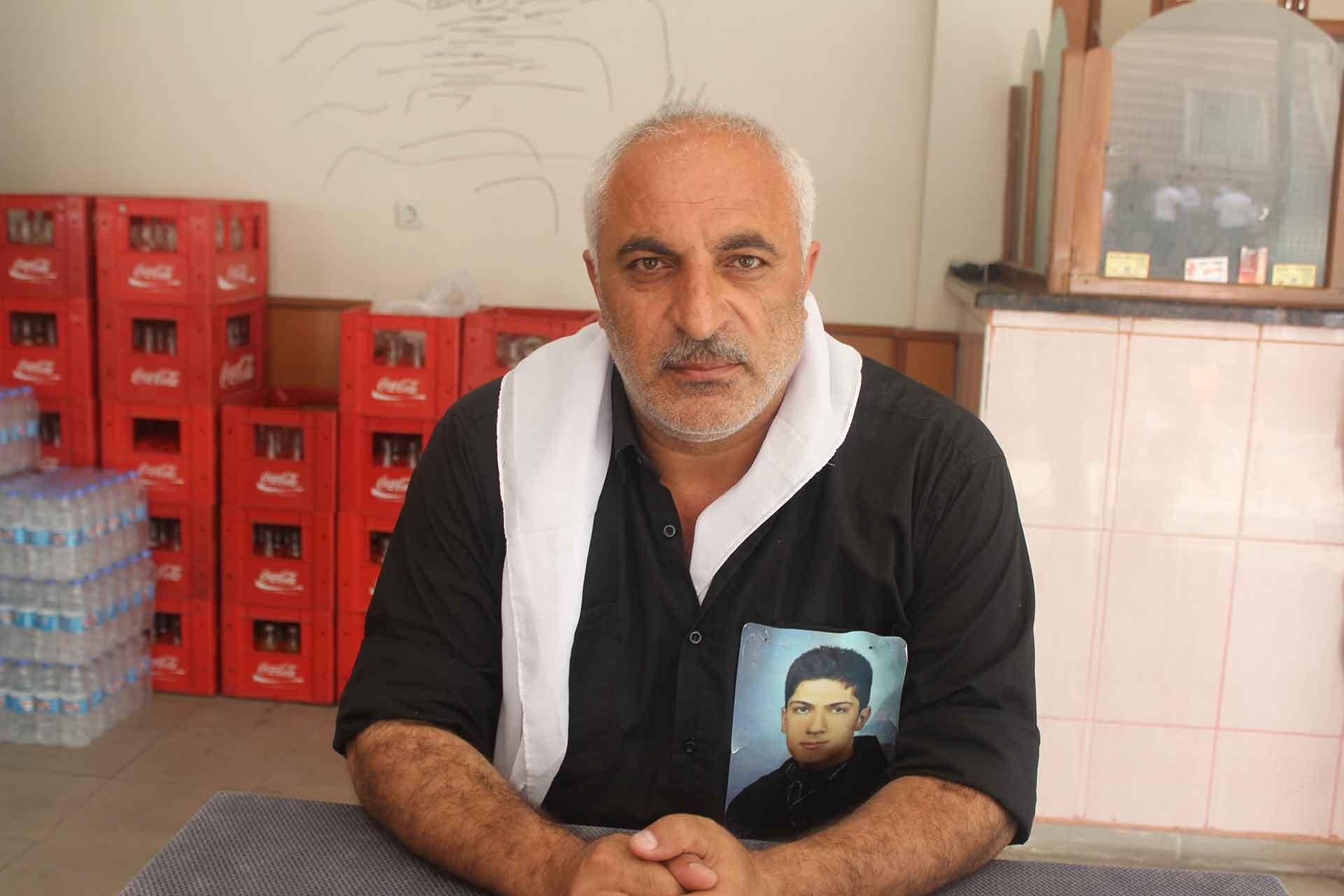 HDP önünde oturan asker ailesi: O kadar destek oluyor ama hiçbir somut adım atılmıyor
