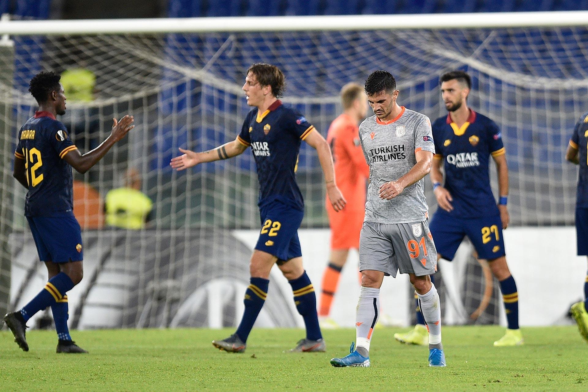 Başakşehir, UEFA Avrupa Ligi ilk maçında Roma'ya 4-0 mağlup oldu